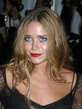 Mary-Kate Olsen with Long Wavy Hairstyle