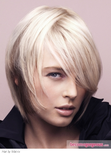 Chic Two-Tone Medium Hair Style