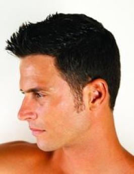 This chic rockabilly hairstyle for men will offer you the chance to flaunt your original and creative attitude to hair styling.