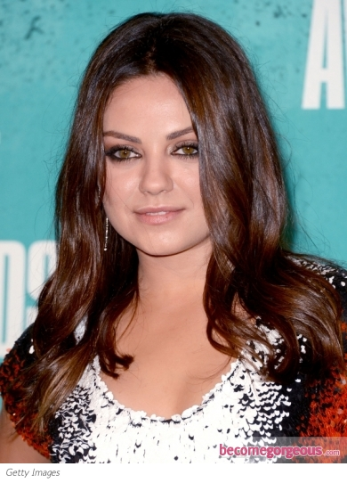 Mila Kunis Shiny Waves Hairstyle