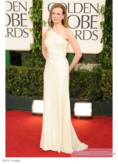 Olivia Wilde wore a spectacular Marchesa gown for the 2011 Golden Globe Awards. The crystal encrusted gown was paired with Christian Louboutin shoes and Tiffany & Co. jewelry.