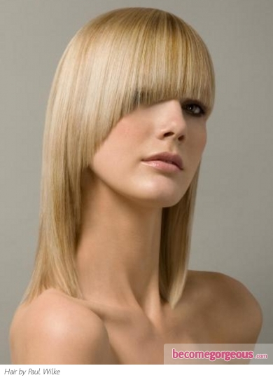 Asymmetrical Medium Hair Style