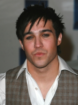 Pete Wentz with Short Spikey Hairstyle