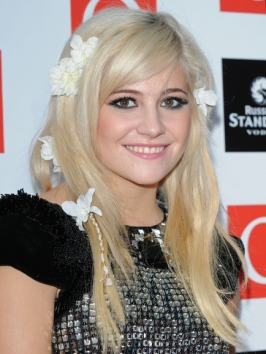 Pixie Lott Hairstyle with Flower Accessories