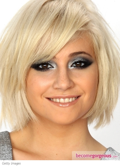 Pixie Lott Silver Smokey Eyes Makeup