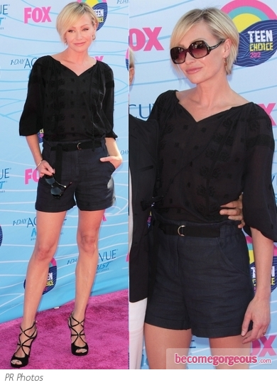 Portia de Rossi in Shorts and Blouse