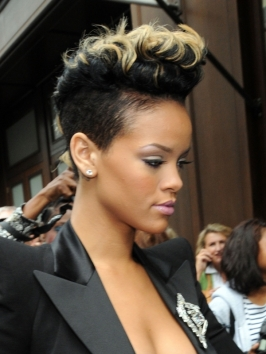 Pictures Rihanna Rihanna S Curly Mohawk With Blonde
