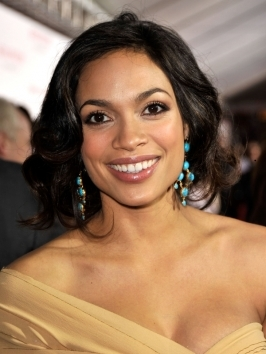 Rosario Dawson faked the bob on the red carpet - the perfect way to test a short cut before reaching for the scissors: copying Rosario Dawson's faux bob hairstyle.