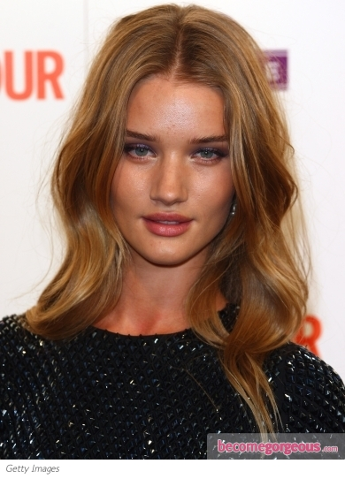Rosie Huntington-Whiteley Loose Wavy Hairstyle