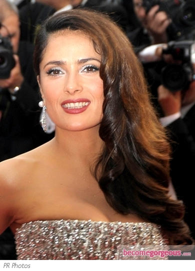 Salma Hayek Side Curls Hairstyle