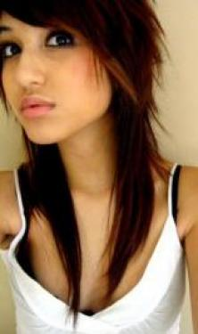 Pictures : Scene Girl Hairstyles - Long Shag Hairstyle