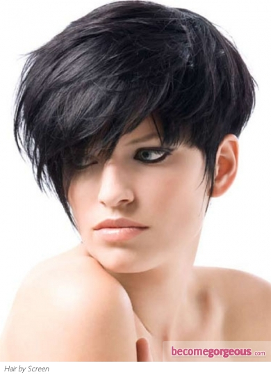 Voguish Messy Short Layered Hairstyle