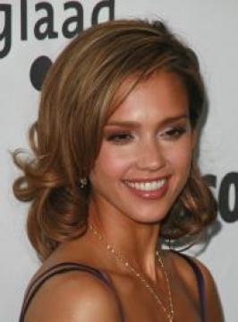 Jessica Alba with Medium Curly Hairstyle