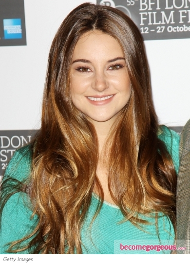 Shailene Woodley Blended Blonde Highlights
