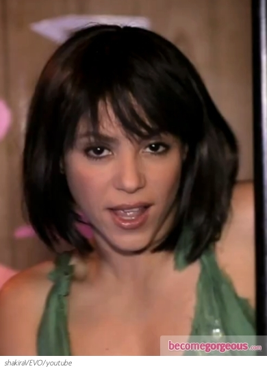 Shakira Short Bob Hairstyle in Rabiosa Video