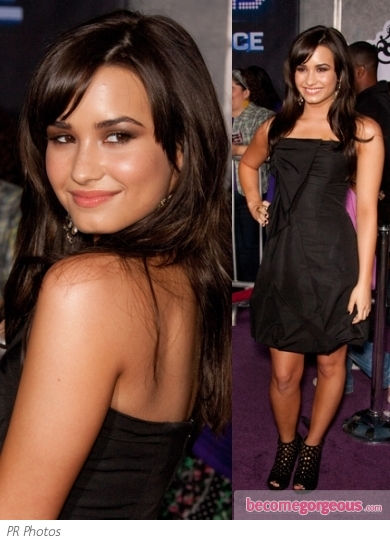 Demi Lovato in Shoshanna Black Dress