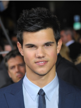 Taylor Lautner Hairstyle at the New Moon Premiere