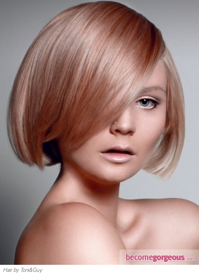 Super-Glossy Medium Bob Haircut