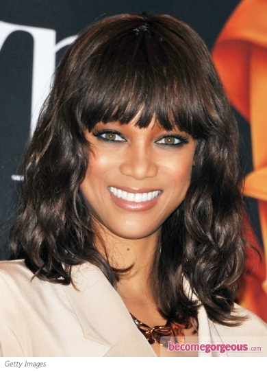 Tyra Banks Wavy Long Bob Hairstyle