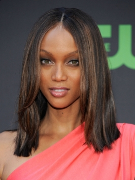 Tyra Banks Straight Shoulder Length Hairstyle