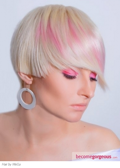 Platinum Blonde Hair With Pink Highlights