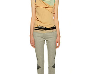 Summer fashion trends from the Balenciaga Resort 2009 collection signed by Nicholas Ghesquiere.