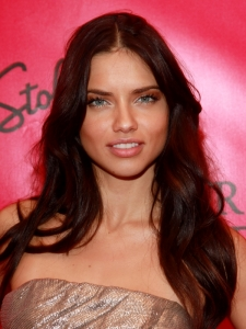 Adriana Lima Loose Tousled Hairstyle
