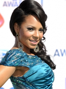 Ashanti Hairstyle 2011 BET Awards