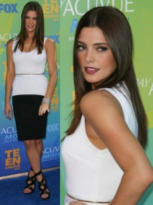 Ashley Greene in Givenchy Sheath Dress