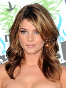 Ashley Greene Feathery Curly Hairstyle