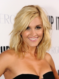 Ashley Roberts Wavy Mid-Length Hairstyle
