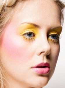 Cool Yellow Eye Makeup