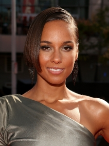 Alicia Keys Slicked Bob Hairstyle