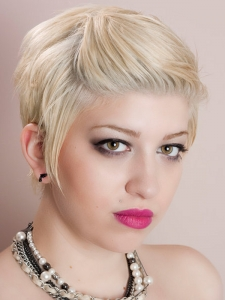 Short Pin Back Hair Style