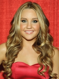 Amanda Bynes' Long Curly Hairstyle