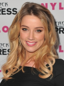 Amber Heard Tousled Wavy Hairstyle
