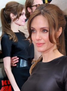 Angelina Jolie Bumpy Ponytail Hairstyle