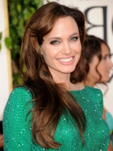 Angelina Jolie Hairstyle at Golden Globe 2011