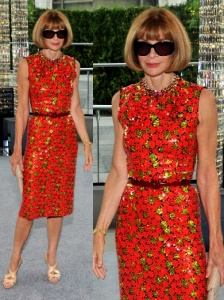 Anna Wintour in Marc Jacobs Flower Print Dress
