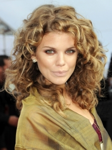 AnnaLynne McCord Natural Curly Hairstyle