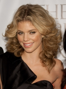 AnnaLynne McCord Feathered Curly Hairstyle