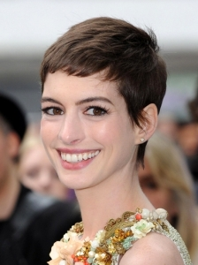 Anne Hathaway Very Short Haircut