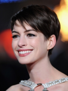 Anne Hathaway Short Hair with Stacked Back