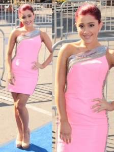 Ariana Grande in Pink Versace Dress