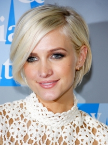 Ashlee Simpson's Platinum Blonde Bob