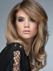Blonde Long Layered Hair Style