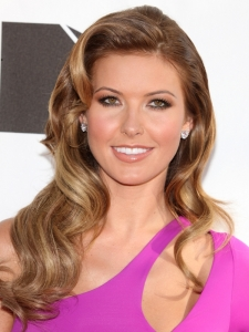 Audrina Patridge Sculpted Curls Hairstyle