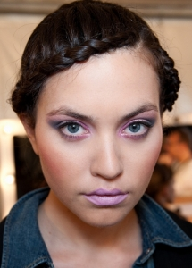 Cool Lilac Makeup Idea