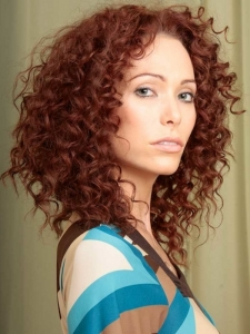 Super-Curly Medium Hairstyle
