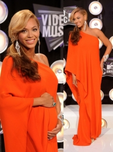 Beyonce in Lanvin One Shoulder Gown